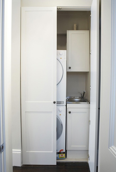 Merveilleux European Laundry. Hiding A Laundry In A Cupboard ...