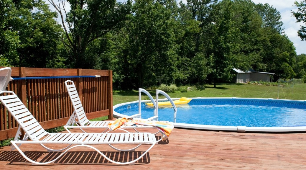 7 Key Benefits of Building a Pool in Your Backyard | BUILD