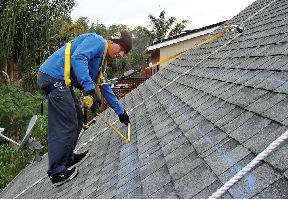 6 Hazards Associated With Rooftop Safety Build