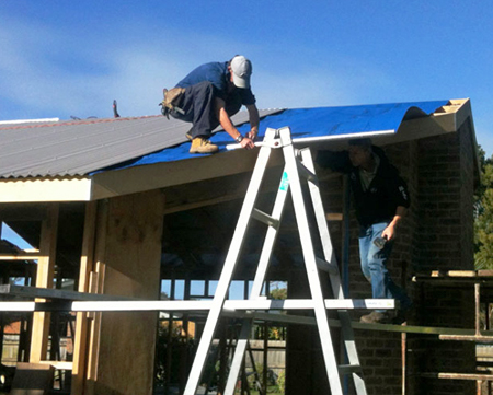 How steel roofs are installed