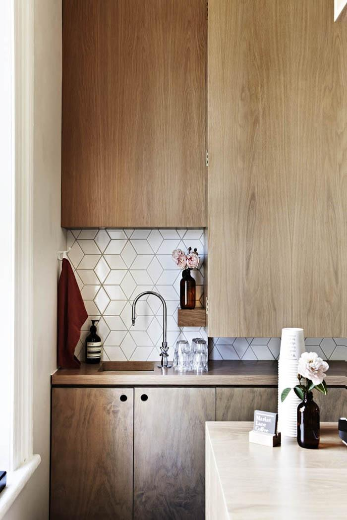 The Top Ten Trends In Tiled Splashbacks Build