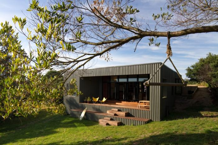 5 australian beach houses that prove the beach shack for Cost to build small beach house