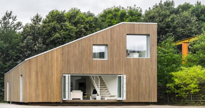 Captivating WFH House By Mads Møller / Arcgency. Photo By Jens Markus Lindhe.