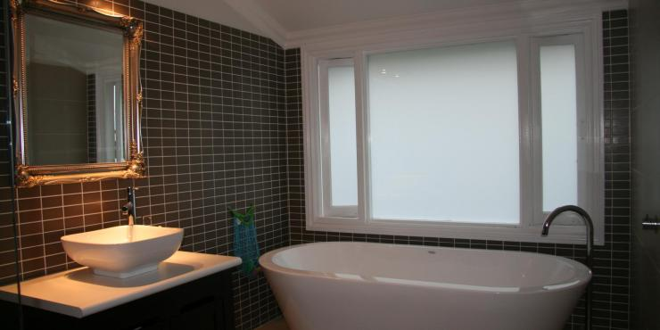 Reduce your bathroom renovation costs build - How much it cost to build a bathroom ...